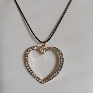3/20$: Heart Crystals Necklace